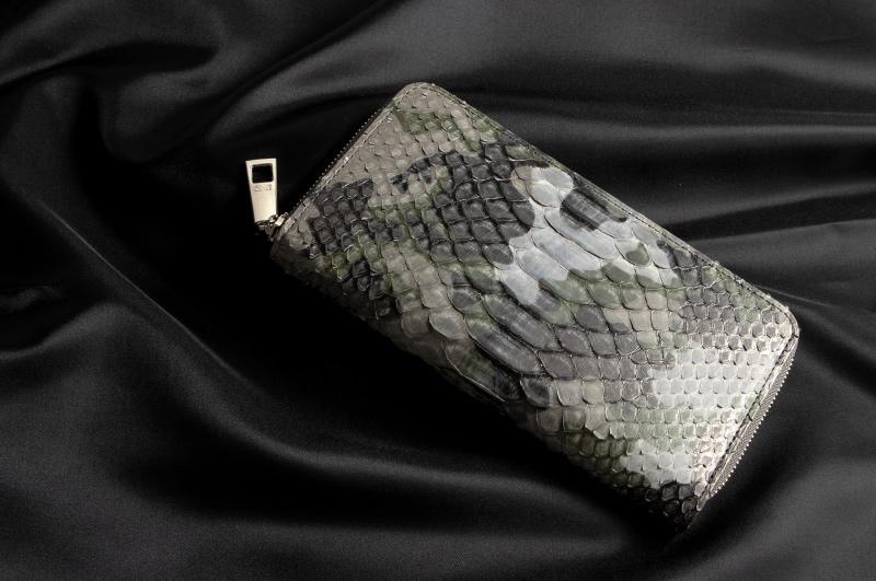 レザック・パイソンシリーズの財布