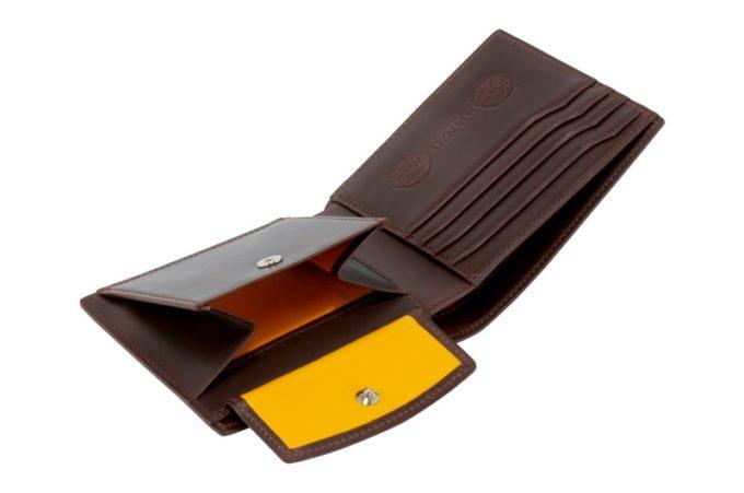 MYSTIC(ミスティック)シリーズの二つ折り財布