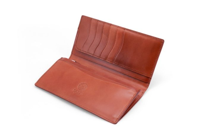 CORDOVAN LUCIDA(コードバンルチダ)シリーズの長財布