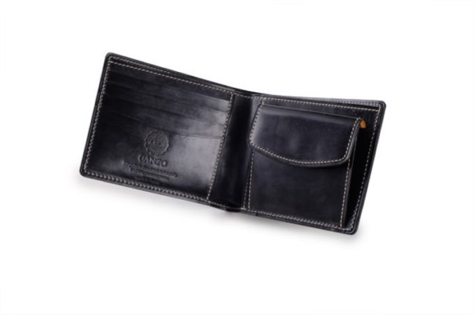 BRAIDLE CASUAL(ブライドルカジュアル)シリーズの二つ折り財布