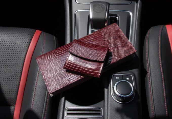 クレバレスコ・リザードシリーズの財布