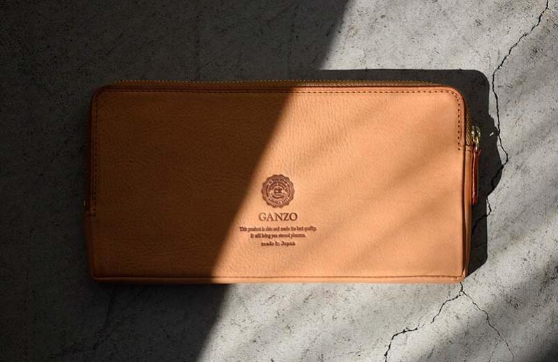 ガンゾのラウンドファスナー長財布