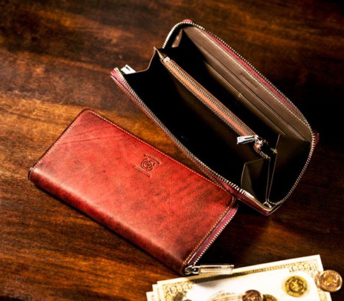 ココマイスター・ベテルギウスシリーズのラウンドファスナー長財布