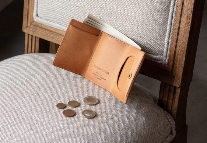 三つ折り財布(ウィンズファクトリー)