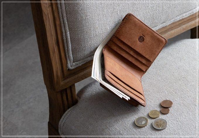マルメ・プエブロ二つ折り財布