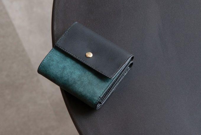 ニブール・プエブロ&リスシオミニ財布(ブルー&ブラックカラー)