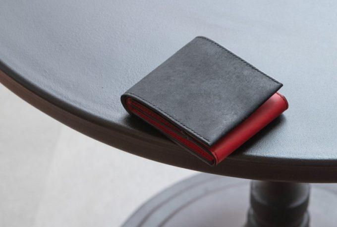 プエブロ&リスシオショート財布(ブラック×レッドカラー)