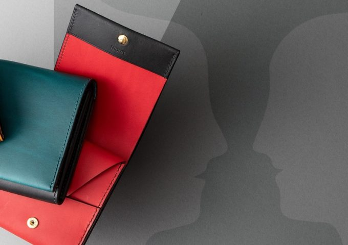ルビンの絵とリスシオショート財布