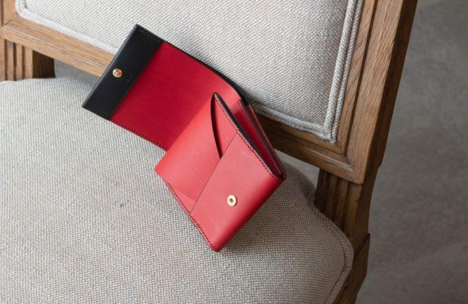 リスシオショート財布(ブラック×レッドカラー)