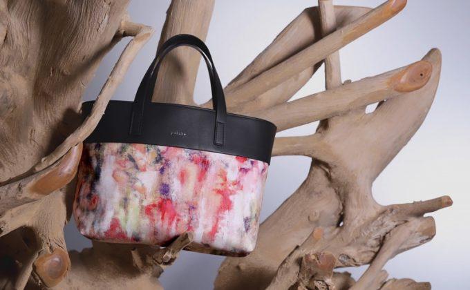 Art of Flowers(アートオブフラワー)のバッグ・サコッシュ