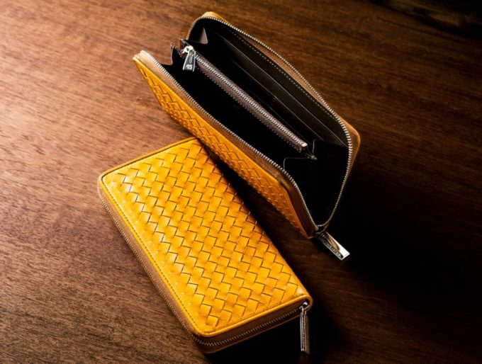 ポンテマットーネシリーズのフラーウムカラーのラウンドファスナー長財布