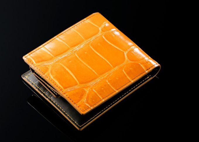 クロコダイルシリーズのマタドールカラー二つ折り財布