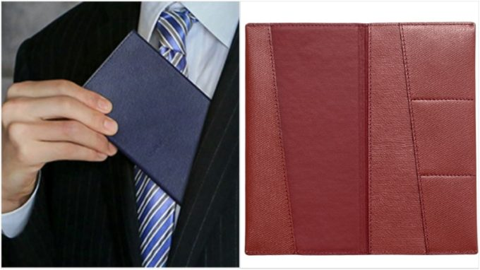 abrAsus・薄い長財布を胸ポケットに入れる男性と内装ポケット