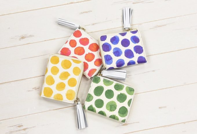 明るい色の財布が豊富なTooc Tooc・スペインレザーシリーズ