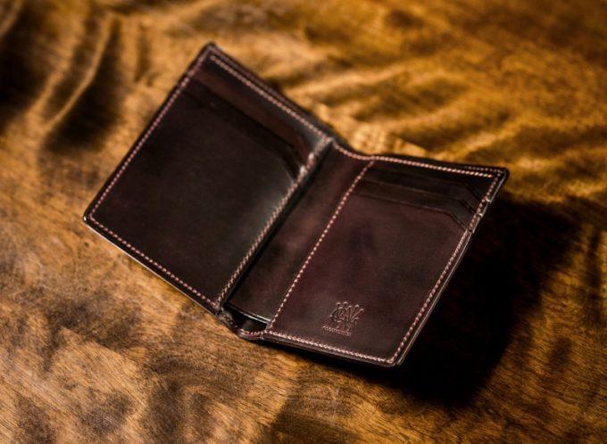 シェルコードバンオベロンの小銭入れ無しの内装
