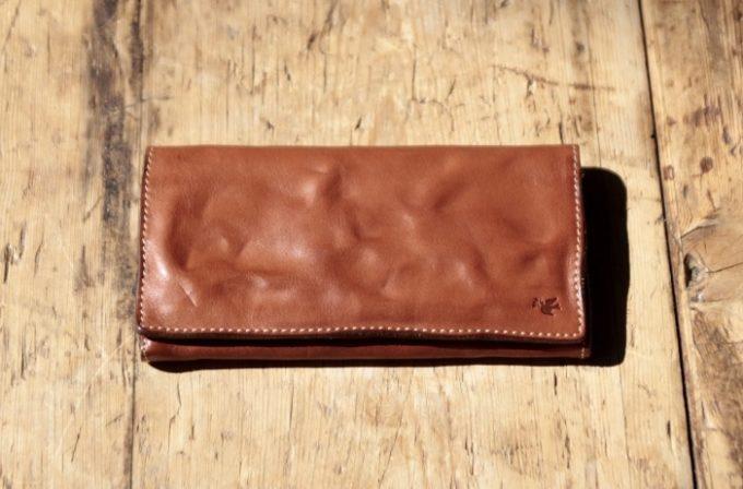 ハンドウォッシュレザーシリーズの長財布