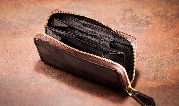 厳選財布の一つであるココマイスターの財布